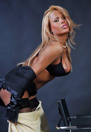 Hot Blonde